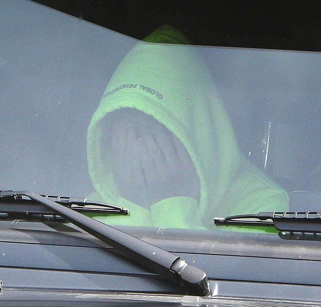 Джастин Бибер в машине