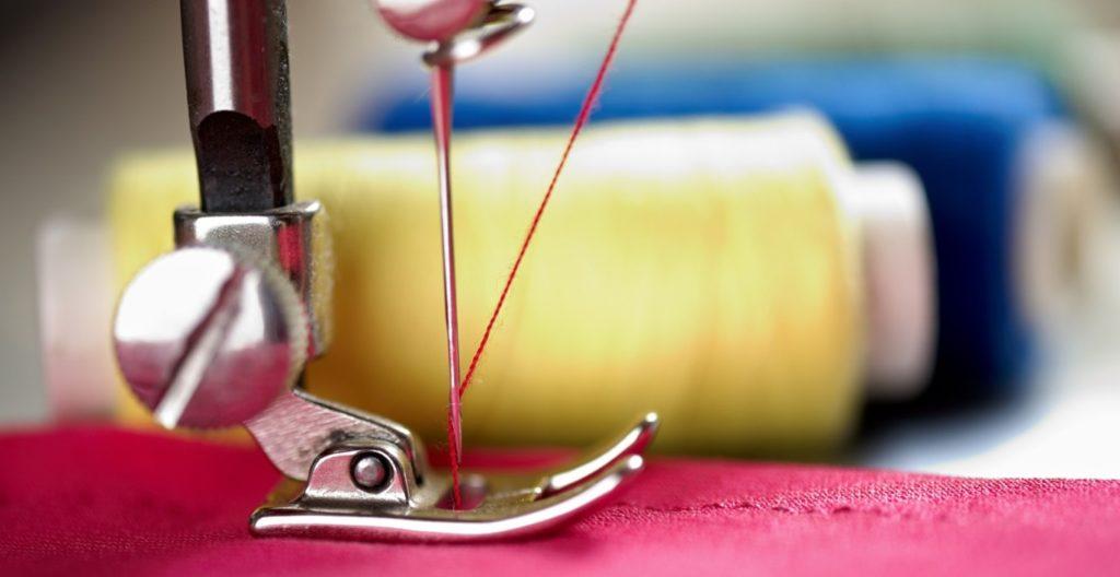 Рвется нитка на швейной машинке