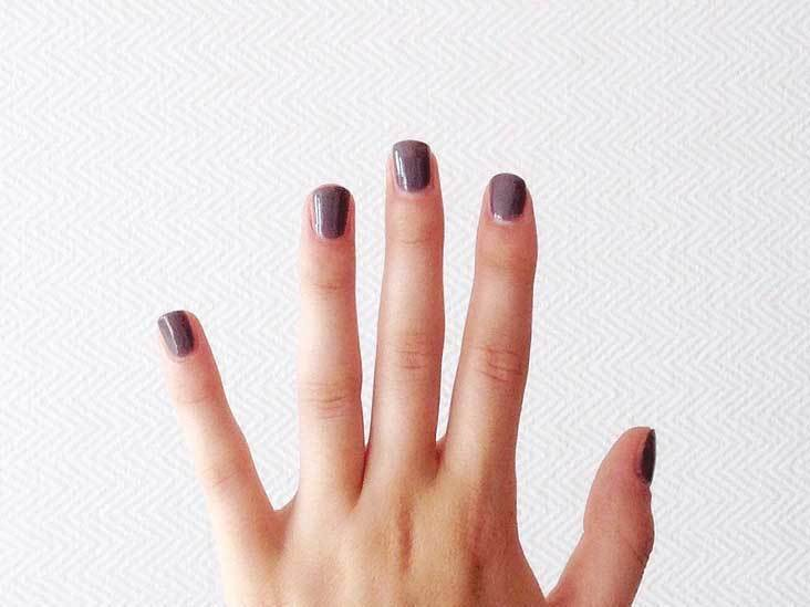 What makes nails grow quickly