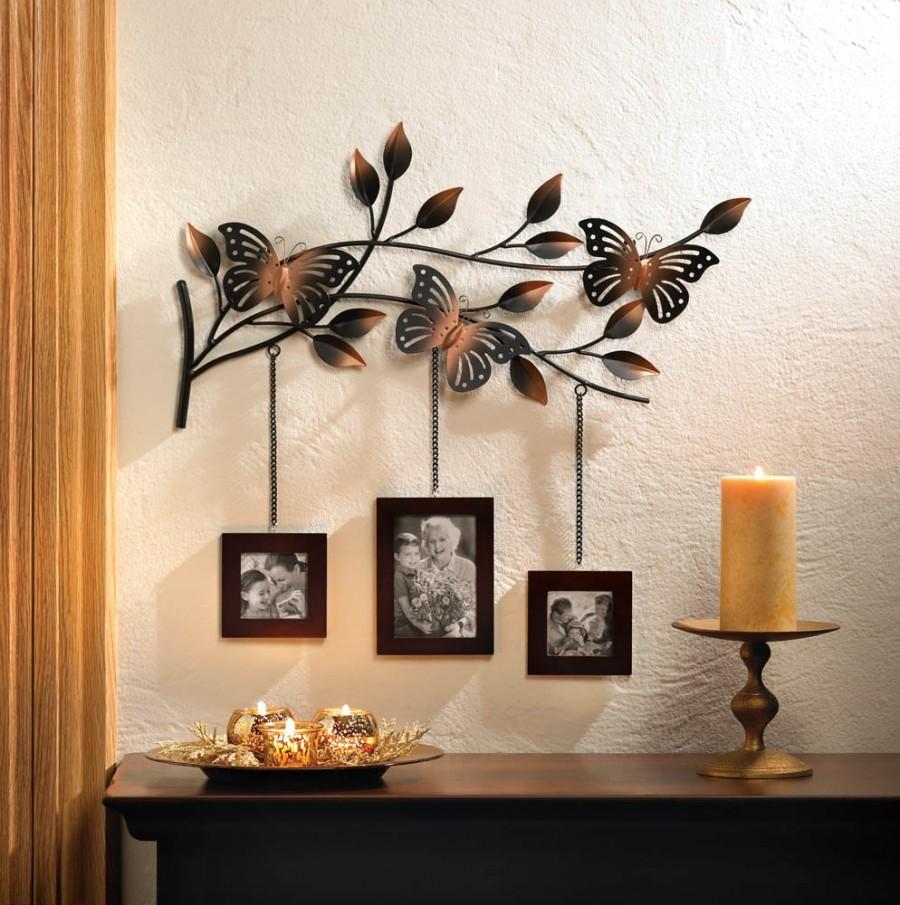Три фотографии на декоративной веточке-подвеске