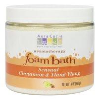 Aura Cacia, Aromatherapy Foam Bath, Cinnamon/Ylang Ylang - 14 oz (397g)