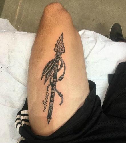 Значение татуировки копье