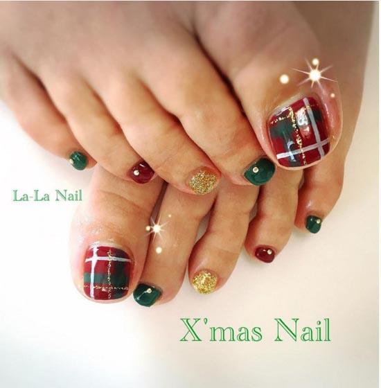 Christmas toe nails designs