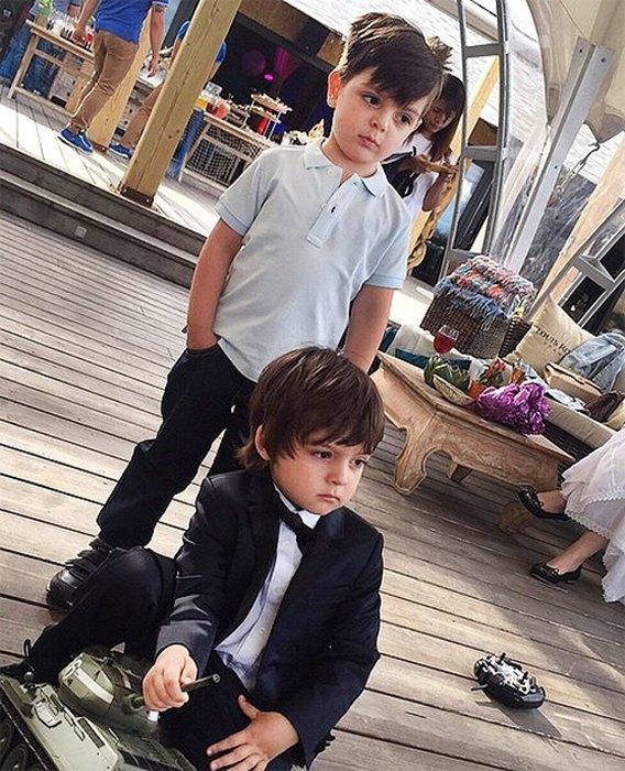 Анастасия стоцкая и сын фото