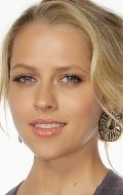 В главной роли Актриса, Сценарист, Продюсер Тереза Палмер, фильмографию смотреть онлайн.
