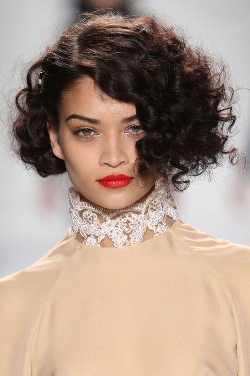 стрижка для вьющихся пушистых волос