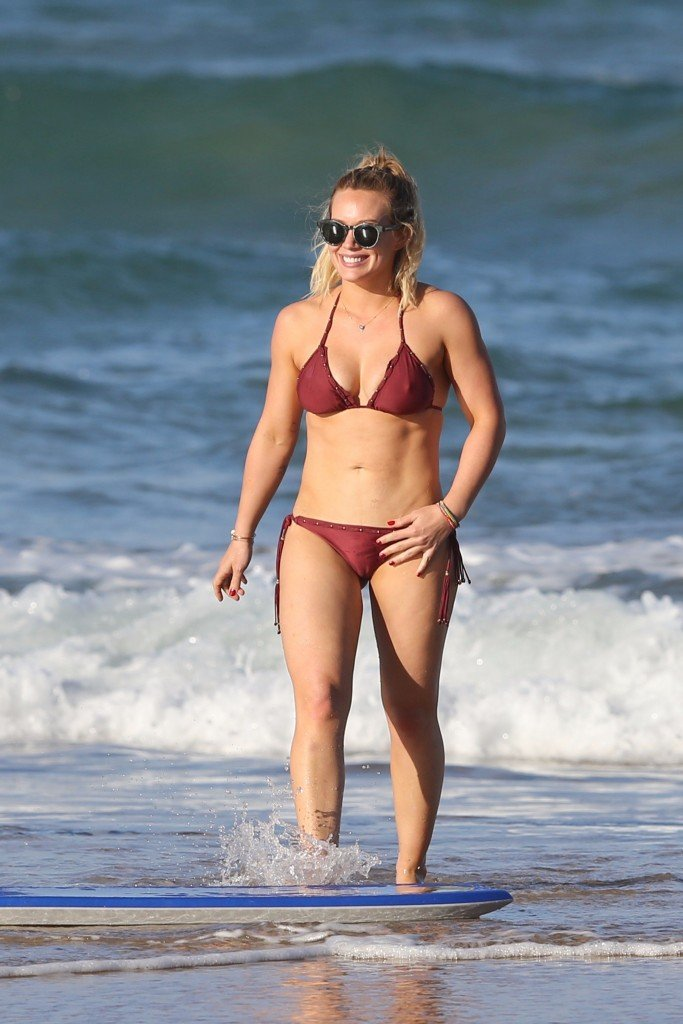 Pictures of hilary duff nude