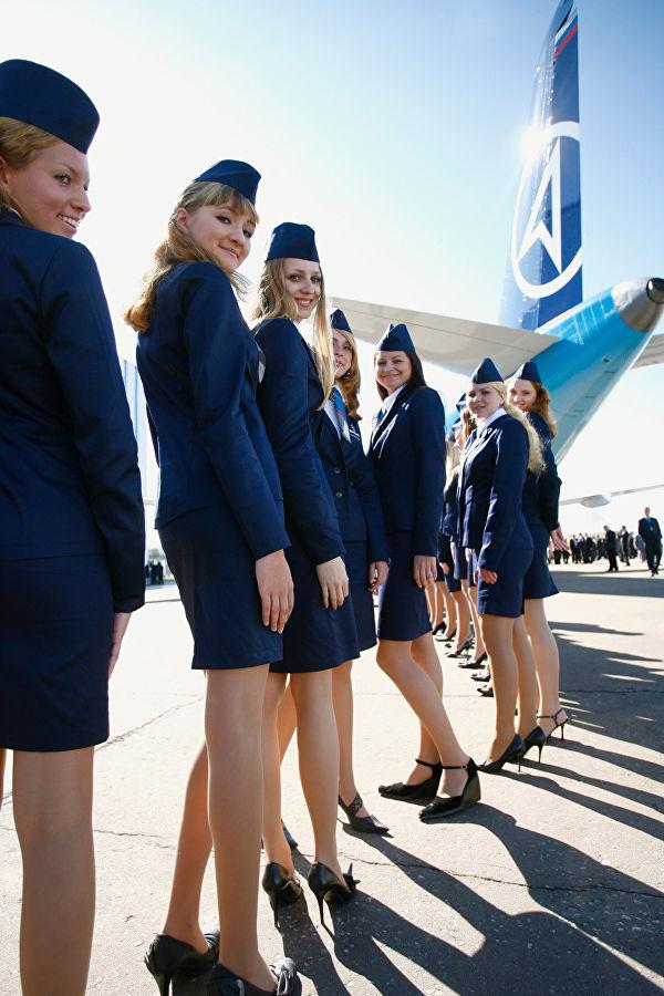 До скольки лет берут в стюардессы