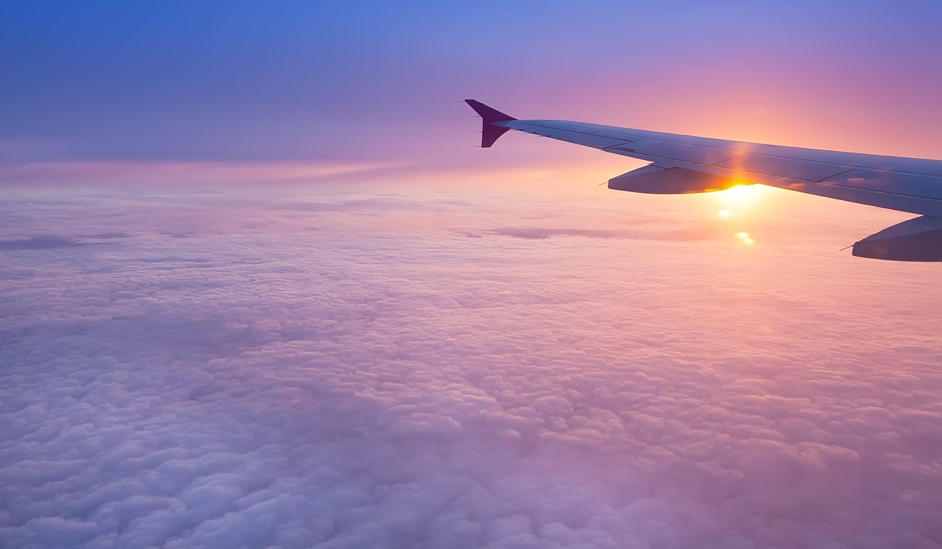 Сколько лететь из москвы до калининграда на самолете