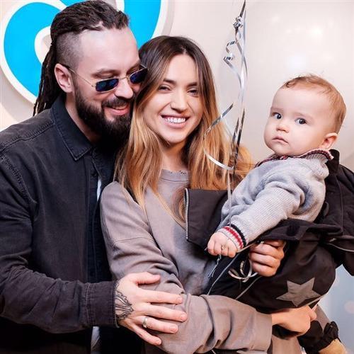 Бурито с женой и сыном