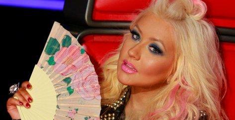 Christina aguilera returning to the voice