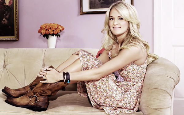 Carrie Underwood sexiest pictures from her hottest photo shoots. (13)