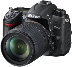 Nikon D7000 DSLR Camera (Body with AF-S DX NIKKOR 18-105 mm F/3.5-5.6 G ED VR) (Black)