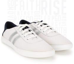 Metronaut Canvas Shoes For Men (White)