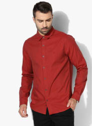Red Textured Slim Fit Casual Shirt