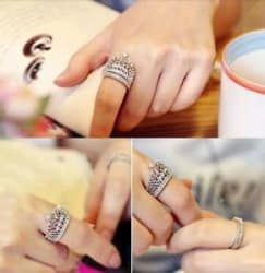 Details about #9009 Women s Fashion Queen Crown Pattern Ring Set Rhinestone Two piece Rings