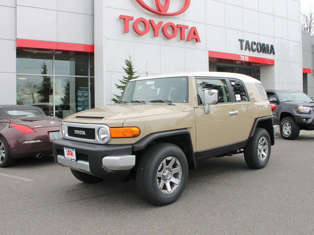 What are the Trims of the 2014 Toyota FJ Cruiser at Toyota of Tacoma