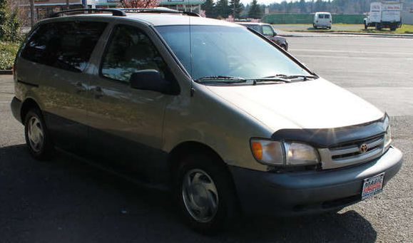 Used Toyota Sienna near Lynnwood at Magic Toyota