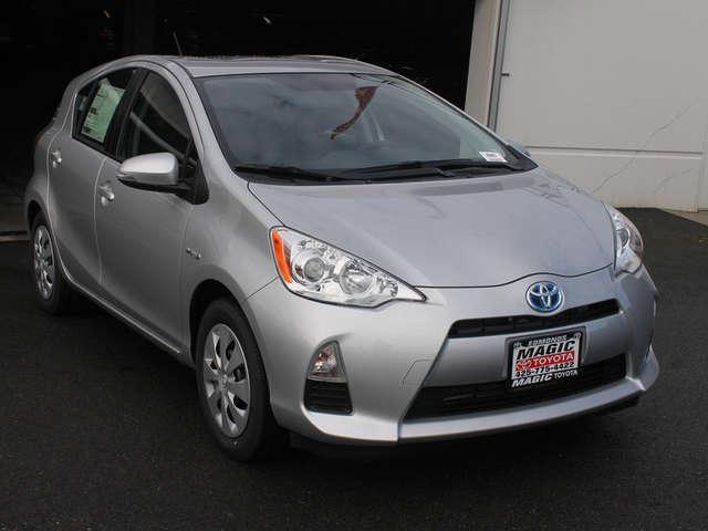 2014 Toyota Prius c Leasing near Seattle at Magic Toyota