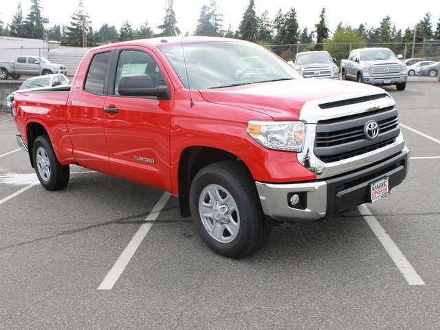 2014 Toyota Tundra Leasing near Bellevue at Magic Toyota