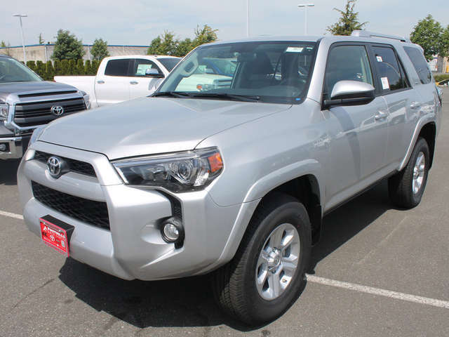 Finance a 2014 Toyota 4Runner near Bellingham at Foothills Toyota