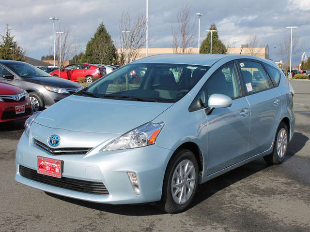 Toyota Prius v for Sale near Bellingham at Foothills Toyota