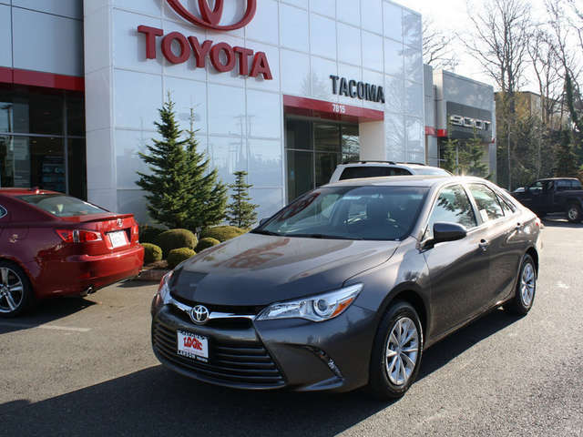 2015 Toyota Camry near Puyallup at Toyota of Tacoma