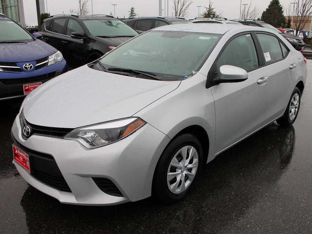 New 2015 Corolla for Sale near Bellingham at Foothills Toyota