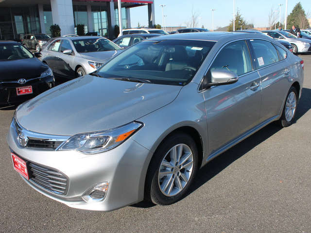 2015 Toyota Avalon for Sale near Snohomish at Foothills Toyota