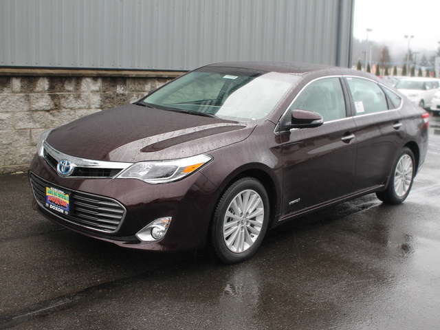 2015 Toyota Avalon Hybrid in Auburn at Doxon Toyota