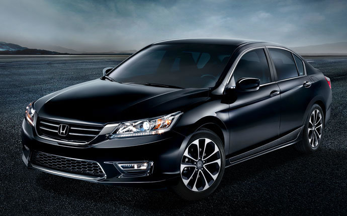 Lease a 2015 Honda Accord near Kennewick at Honda of Moses Lake Washington