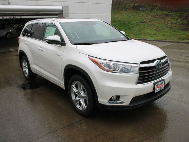 Specs of the 2015 Toyota Highlander Hybrid for Sale near Seattle at Magic Toyota