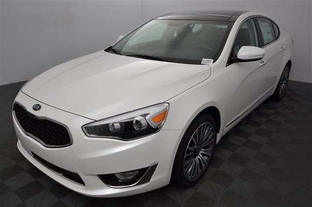 Features of the 2015 Cadenza for Sale near Edgewood at Kia of Puyallup