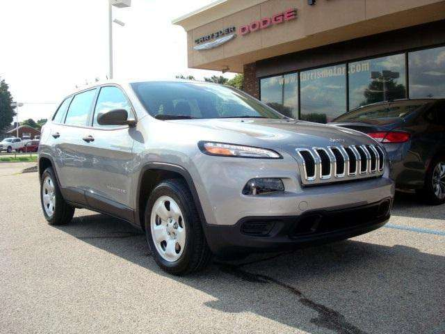 2015 Jeep Cherokee for Sale near Knoxville at Farris Motor Company
