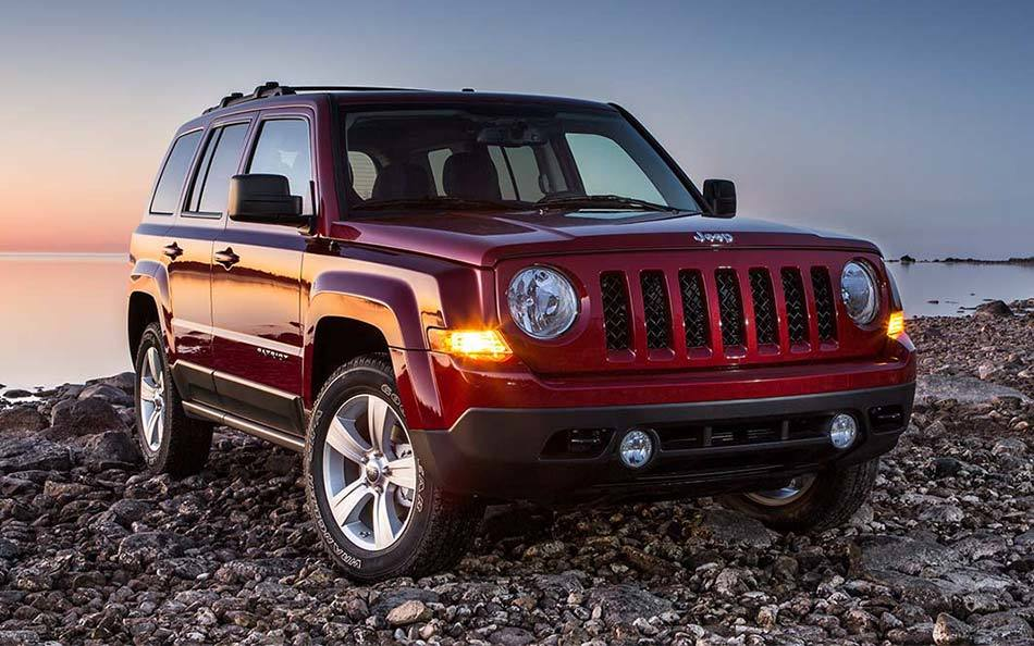 2015 Jeep Patriot near Knoxville at Farris Motor Company