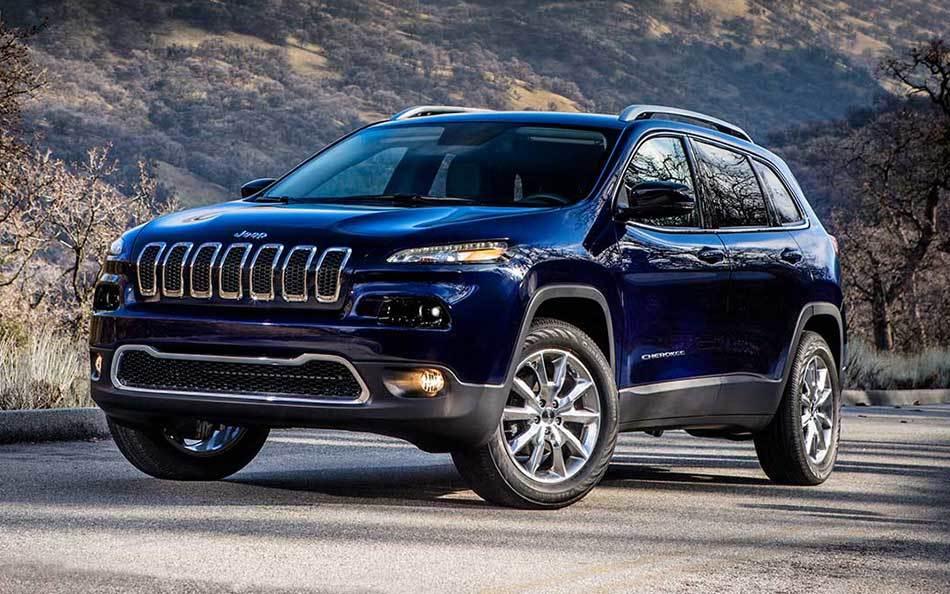2015 Cherokee near Knoxville at Farris Motor Company