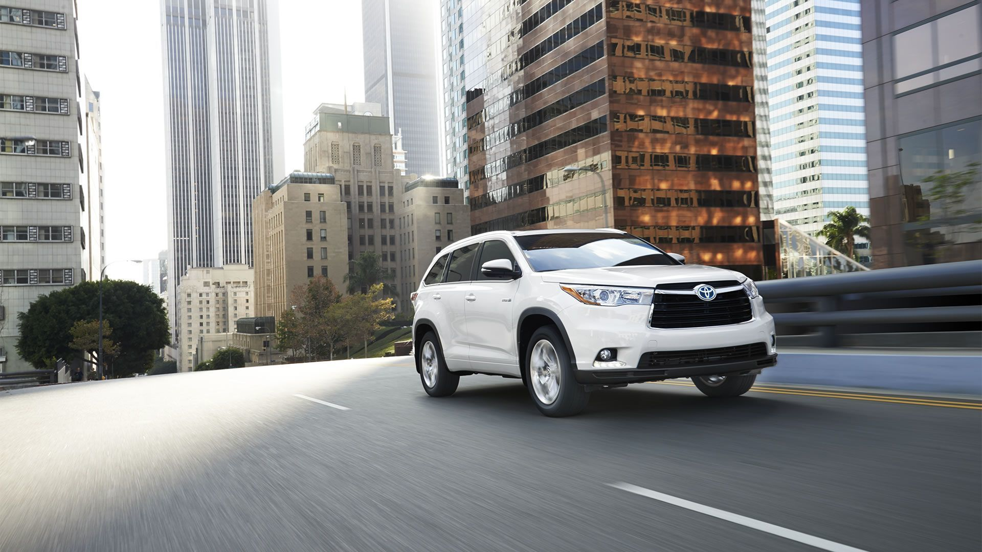 2015 Toyota Highlander Hybrid for Sale near Tacoma at Doxon Toyota