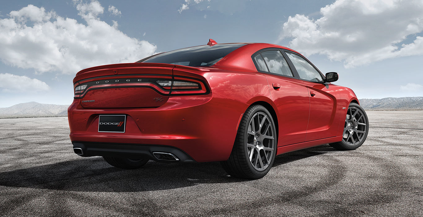 2015 Dodge Charger near Knoxville at Farris Motor Company