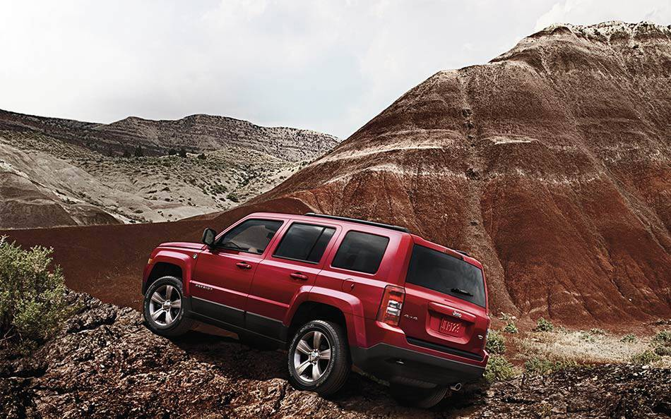 2016 Jeep Patriot near Knoxville at Farris Motor Company