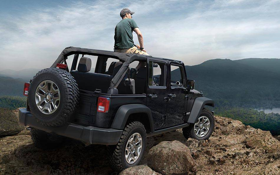 2016 Jeep Wrangler Unlimited near Knoxville at Farris Motor Company