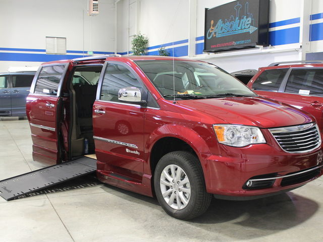 New Accessible Vans in Woodinville at Absolute Mobility Center