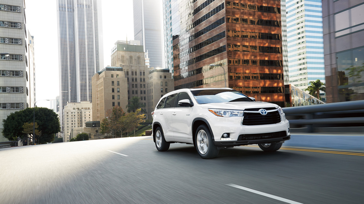 2016 Toyota Highlander Hybrid in Tacoma at Toyota of Tacoma