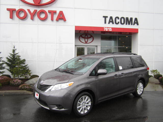 What Are the Trims of 2014 Toyota Sienna near Seattle?