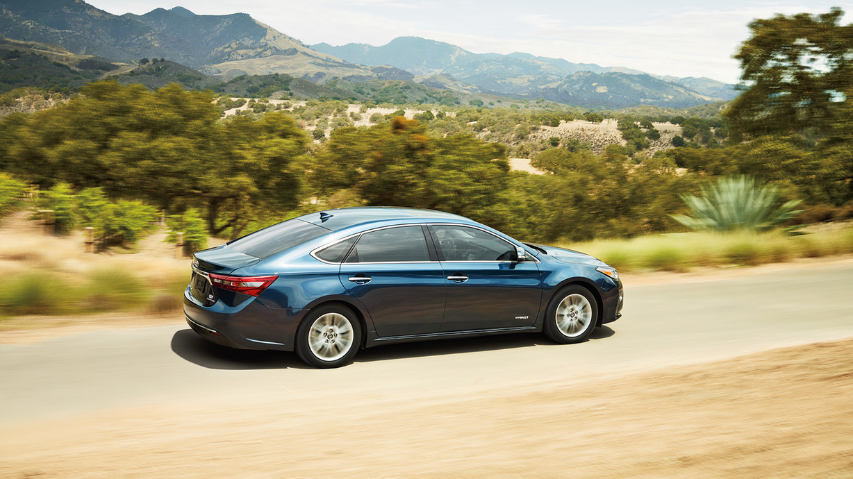2016 Toyota Avalon Hybrid for Sale near Kennewick at Toyota of Moses Lake