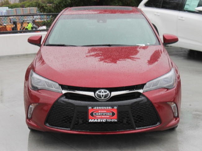 Used Toyota Camry for Sale near Lynnwood at Magic Toyota