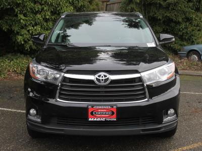 Used Toyota Highlander for Sale near Lynnwood at Magic Toyota