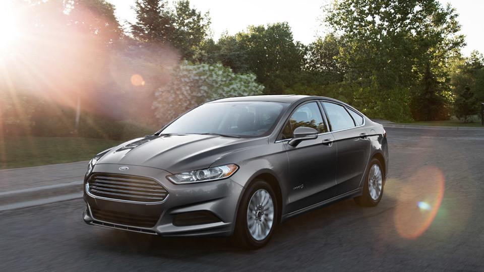 2016 Ford Fusion Hybrid near Fruitland at Gentry Ford - Ontario