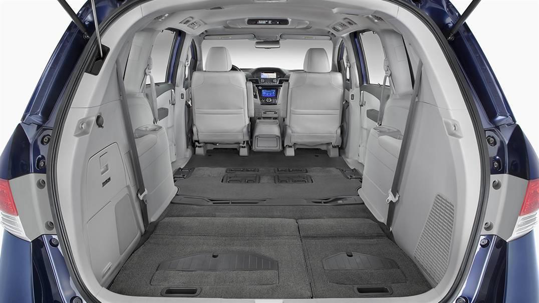 2016 Honda Odyssey Vs 2016 Chrysler Town Country Near Washington