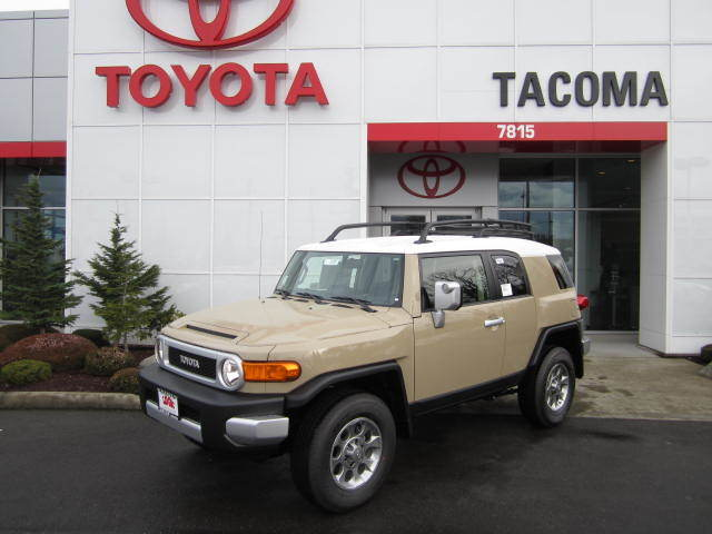 2013 Toyota FJ Cruiser for Sale near Auburn