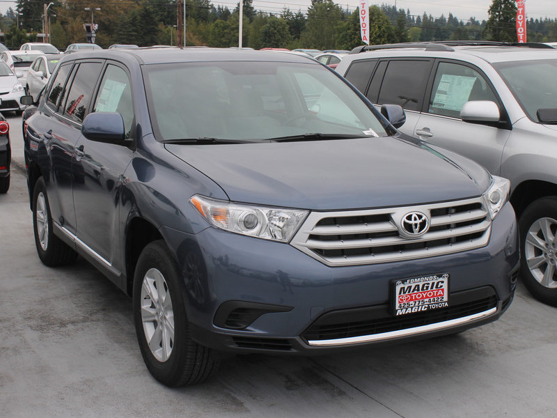 Toyota Highlander in the Seattle Area at Magic Toyota
